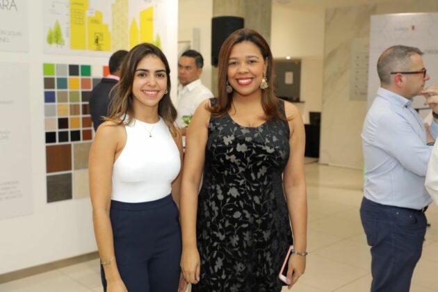 Lina Gutiérrez y Mabel Valoy.