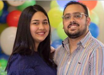 Ileannis Cruz y Miguel Chaddy, propietarios de la tienda Clove Accesories.