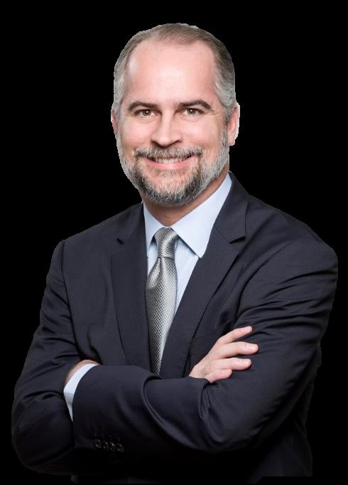 Alejandro Fernández W., economista, analista y asesor financiero dominicano.