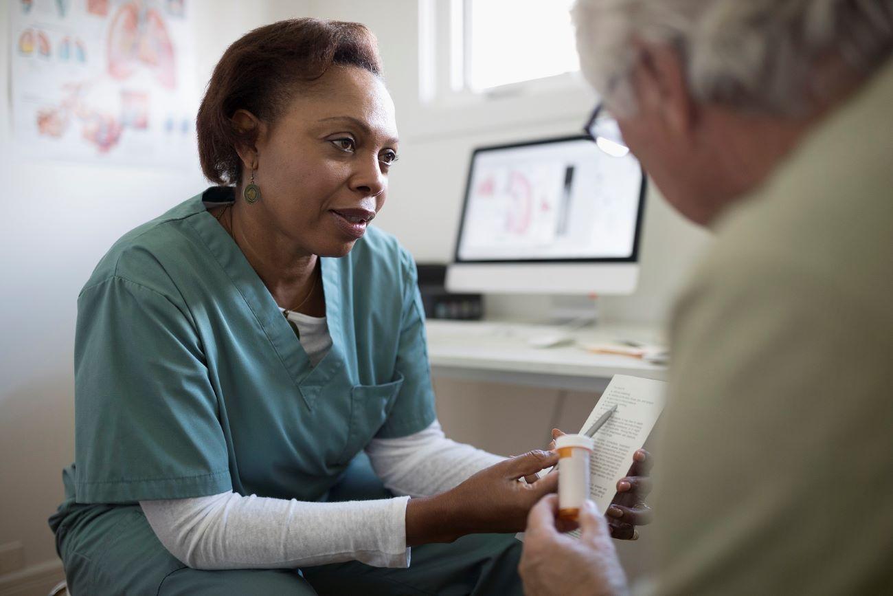 Los pacientes diabeticos deben seguir rigurosamente su tratamiento.