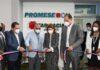La vicepresidenta Raquel Peña corta la cinta para dejar inaugurada la Farmacia del Pueblo en la Ciudad Sanitaria Luis E. Aybar.
