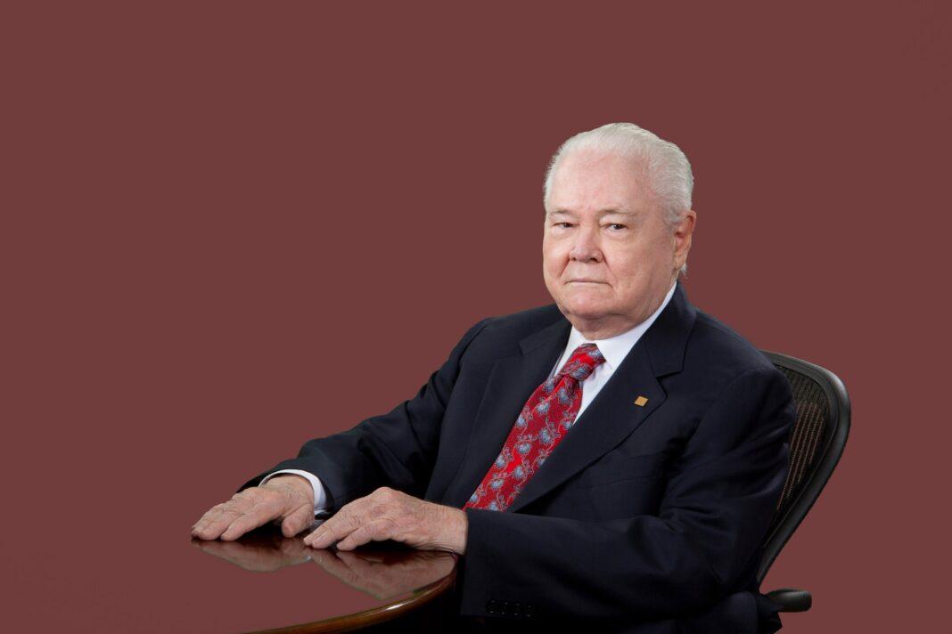 Don Alejandro E. Grullón E.